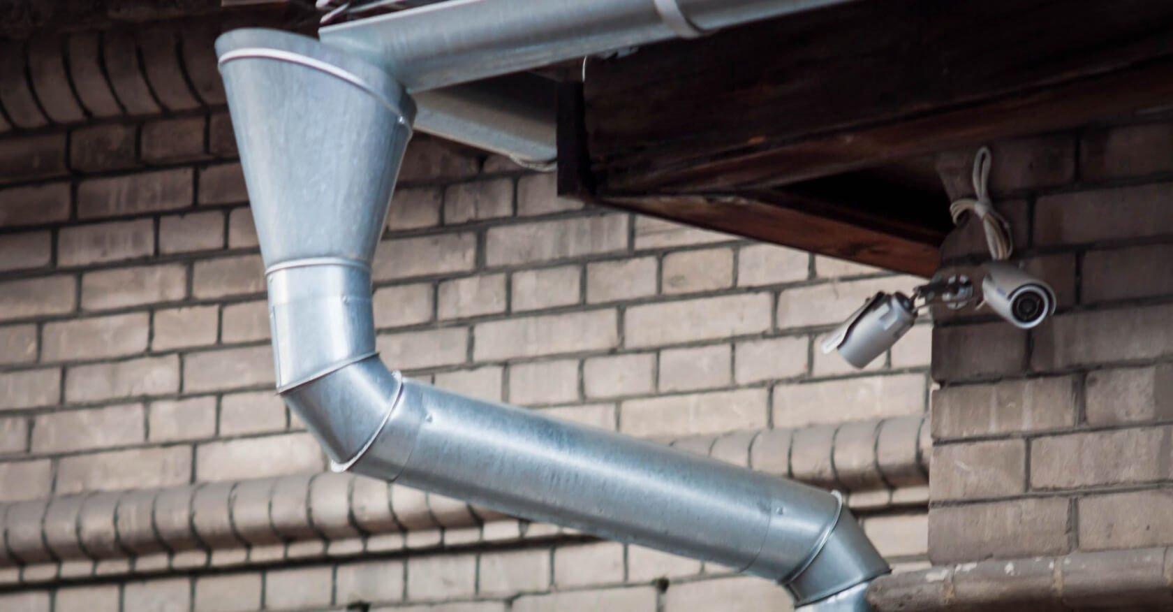 Водостоки для крыши своими руками: как сделать водосточную 61