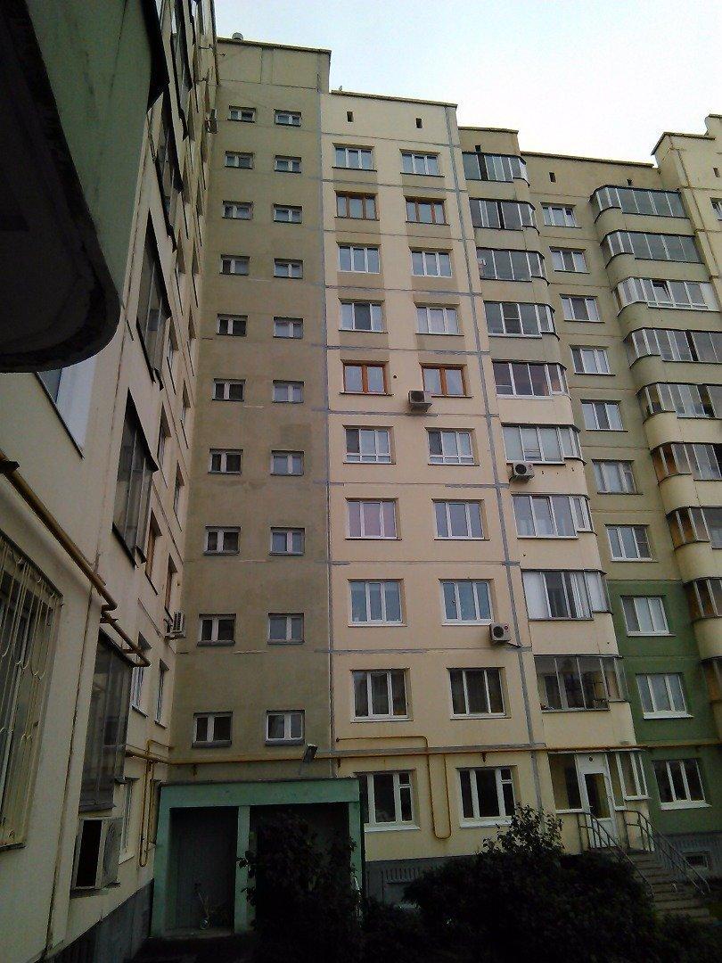 Заделка швов между плиткой и окном
